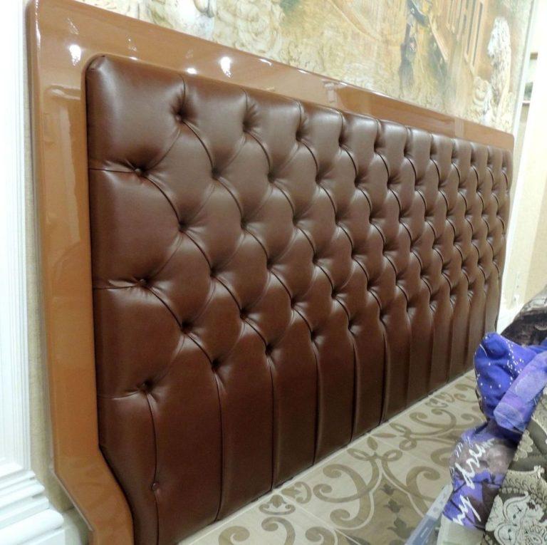 Кровать с каретной стяжкой 49