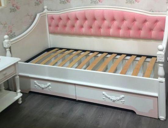 Детская кровать с мягкой спинкой модель 033
