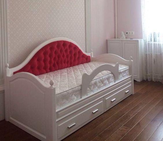 Детская кровать с мягкой спинкой модель 034