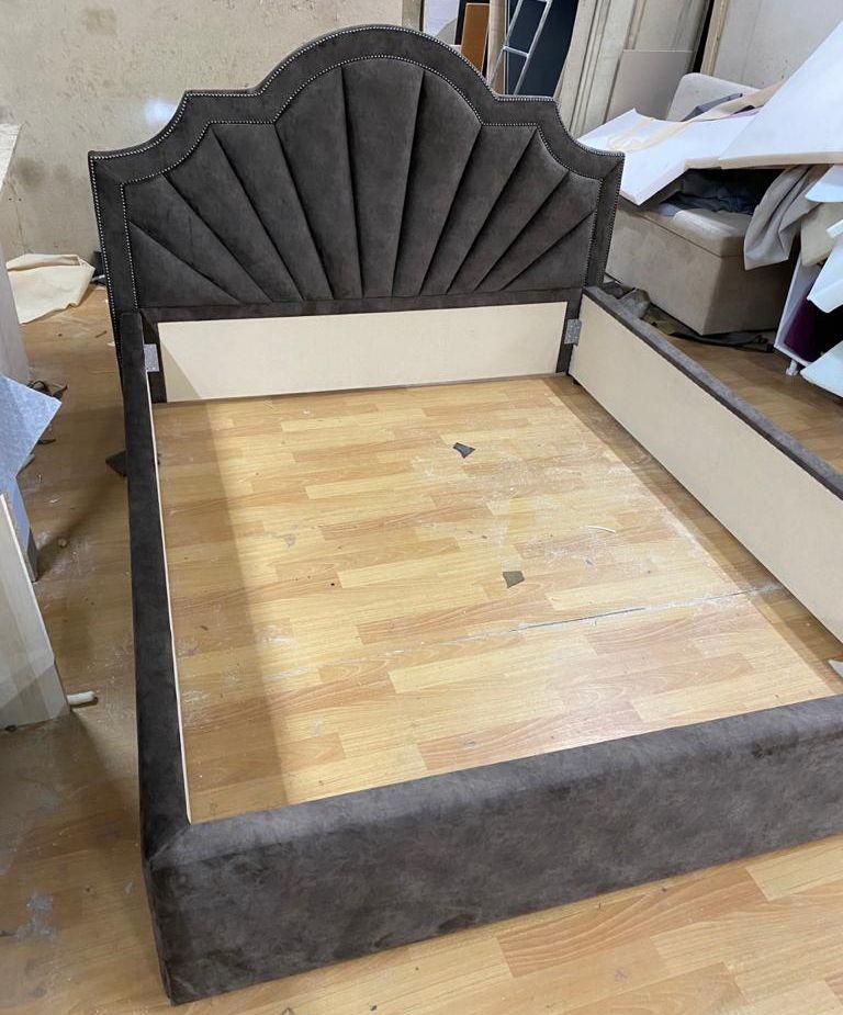 Кровать с мягким изголовьем фото 112