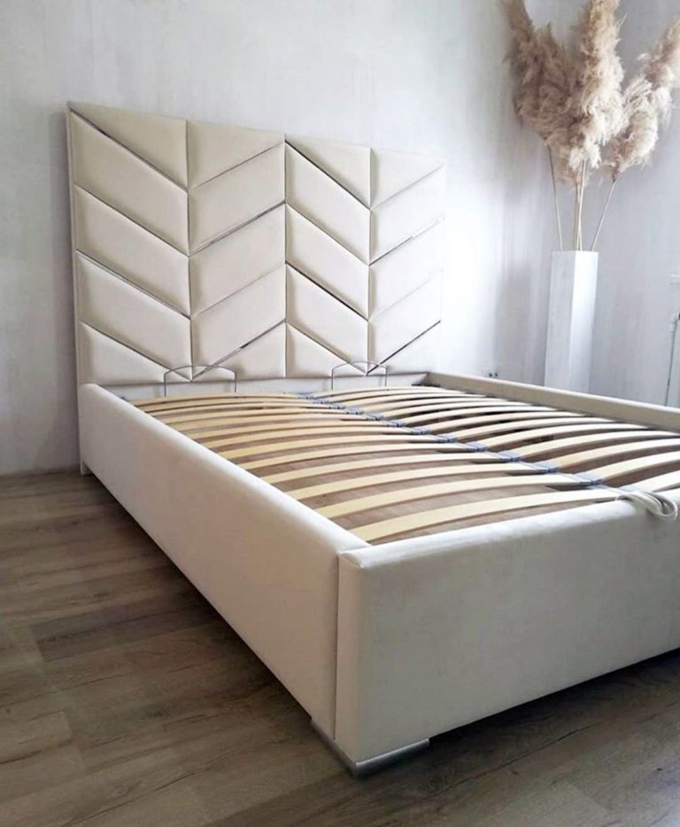 Кровать с большим мягким изголовьем фото 139
