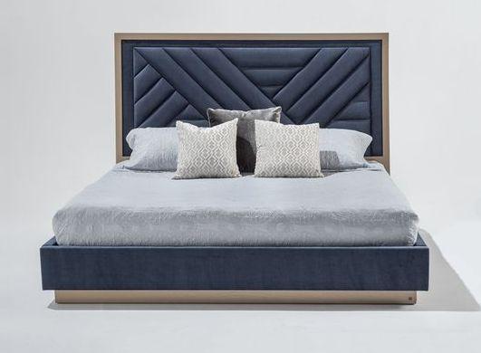 Кровать с мягким изголовьем двуспальная фото 054