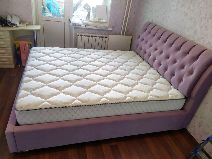 Кровать с мягким изголовьем фото 311