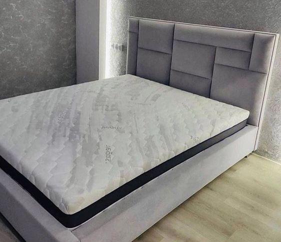 Кровать с мягким изголовьем фото 322
