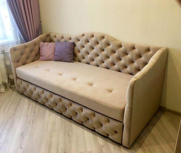 Кровать с мягким изголовьем фото 327