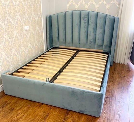 Кровать с мягким изголовьем фото 339