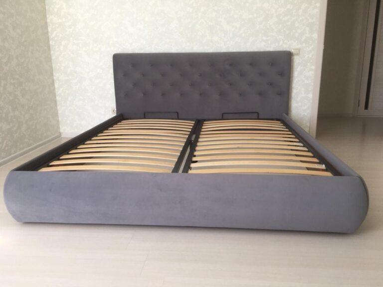 Кровать с мягким изголовьем фото 132