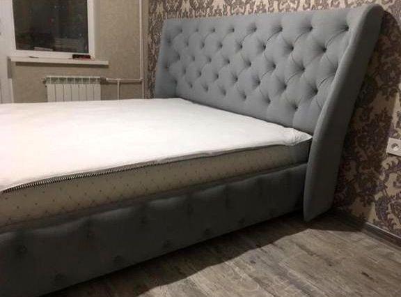 Кровать с мягким изголовьем фото 133