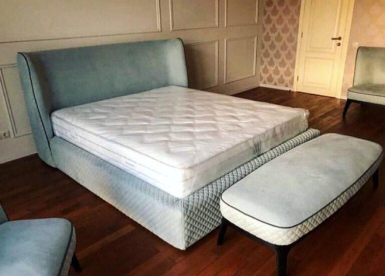 Кровать с мягким изголовьем фото 136