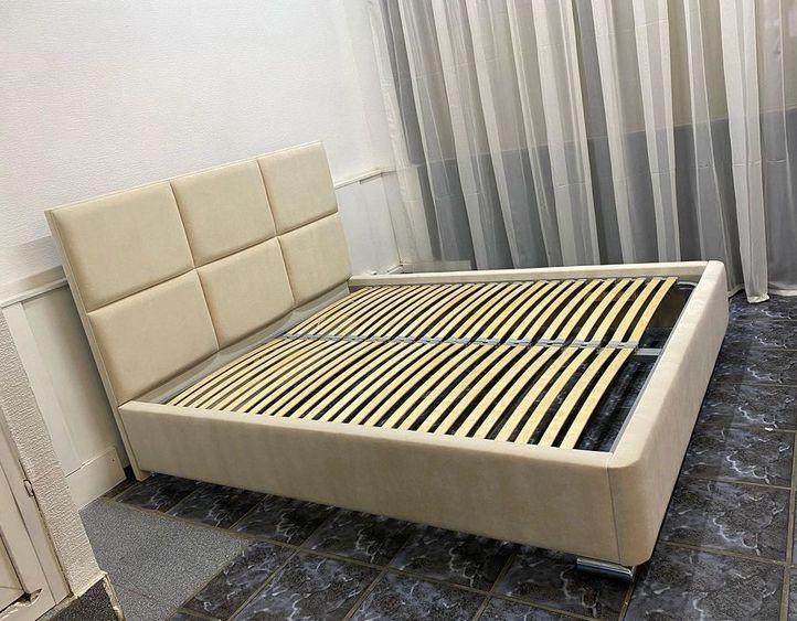 Кровать с мягким изголовьем фото 471