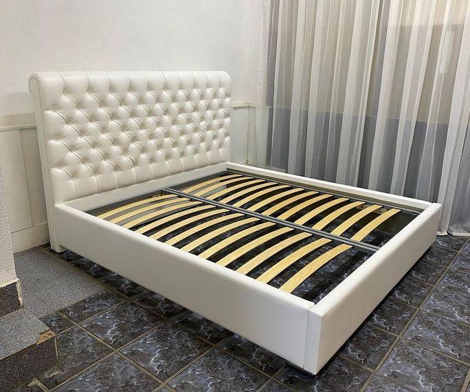 Кровать с мягким изголовьем фото 91