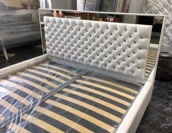 Кровать с мягким изголовьем фото 118