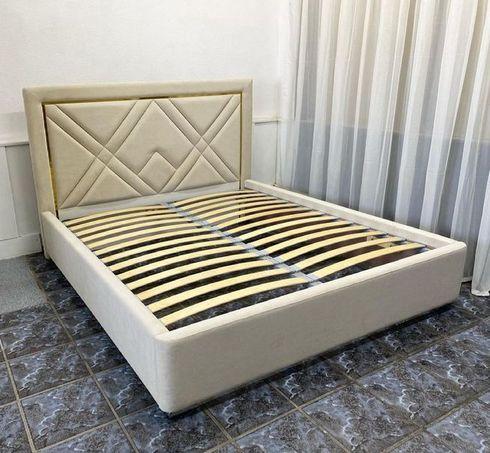 Кровать с мягким изголовьем фото 122