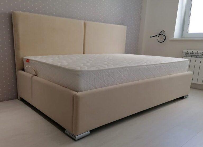 Кровать с мягким изголовьем фото 631